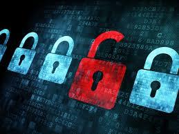 Selon Dashlane-OpinionWay, il est également du devoir des sites de sensibiliser les internautes sur les risques auxquels ils s'exposent, mais surtout de n'accepter que les mots de passe les plus sûrs.