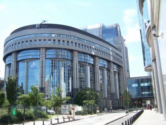 La proposition de directive donne aux autorités compétentes des États membres le droit de vérifier la soumission des acteurs précités aux obligations édictées.