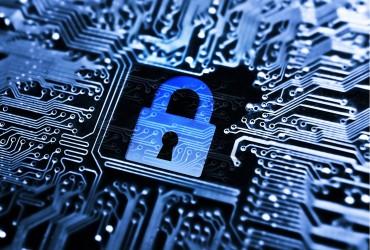 De ce fait, ce phénomène de piratage est considéré comme un acte criminel en ligne et devient du ressort des organisations juridiques internationales.