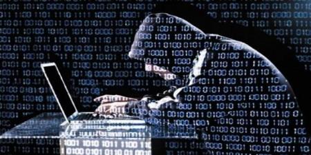 Victime de la cyberattaque, les entreprises sont entre le marteau et l'enclume.