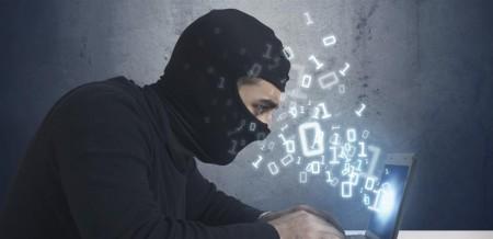Lorsqu'il a pris la parole, Jean-Yves Latournerie, Préfet en charge de la lutte contre les cybermenaces au ministère de l'Intérieur, a confirmé cette nécessité d'être vigilant, en soulignant l'étendue de plus en plus importante de la cible des hackers.