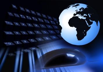 Selon le cabinet de cybersécurité IB, les cybers assaillants ont, premièrement, changé le taux de change rouble-dollar de 15%.