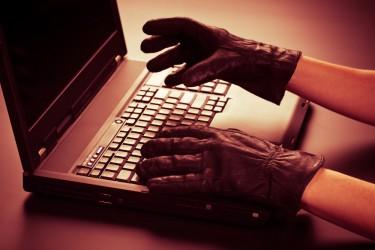 Ces derniers temps, les études se succèdent pour se pencher sur le risque que les politiques de sécurité informatique laxistes font peser sur les entreprises.
