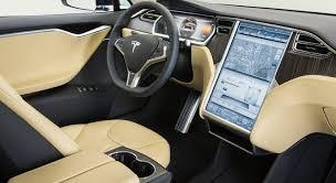 Les voitures de la marque Tesla sont exemplaires en matière de sécurité de leurs systèmes réseau.