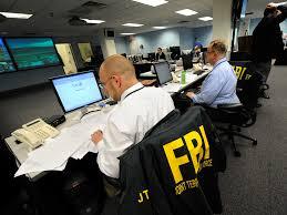 Faut-il rappeler qu'Apple avait refusé de coopérer avec le FBI dans le piratage de l'iPhone du terroriste même si c'est l'unique façon d'identifier les personnes avec qui celui-ci communiquait avant l'attaque ?
