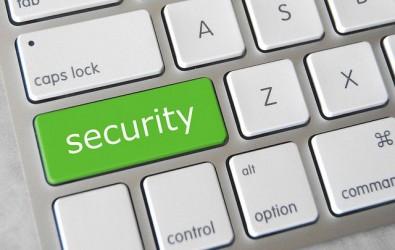 Le logiciel comporte en effet une faille zero day, susceptible d'être exploitée par des hackers pour infecter des systèmes avec deux rançonlogiciels qui ont déjà fait des ravages : Locky et Cerber.