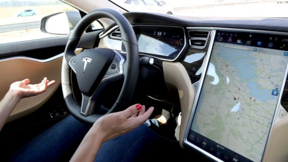 le-tesla-model-s-pirate-par-des-chinois